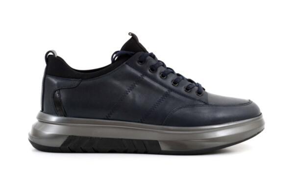 Спортни сини мъжки обувки от естествена кожа 57.61103