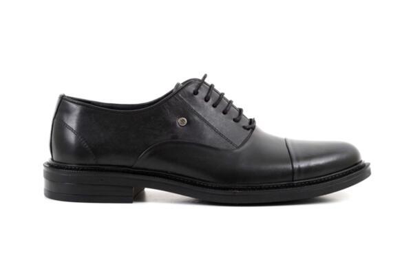 Елегантни черни мъжки обувки от естествена кожа 57.26016