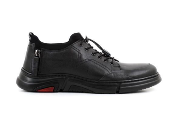 Спортни черни мъжки обувки от естествена кожа 57.17515