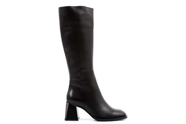Елегантни черни дамски ботуши от естествена кожа на висок ток 29.14881