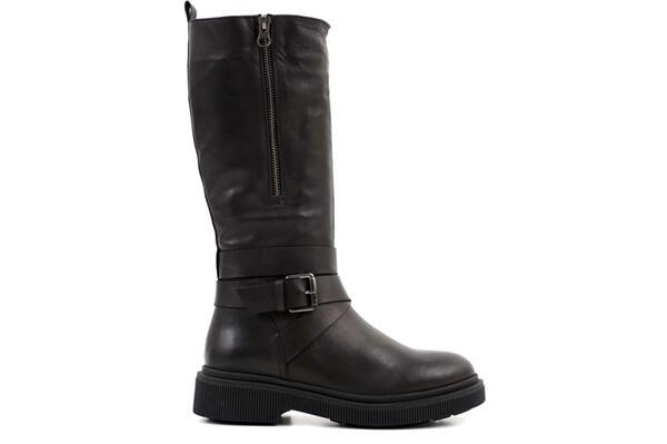 Ежедневни черни дамски ботуши от естествена кожа 06.22207