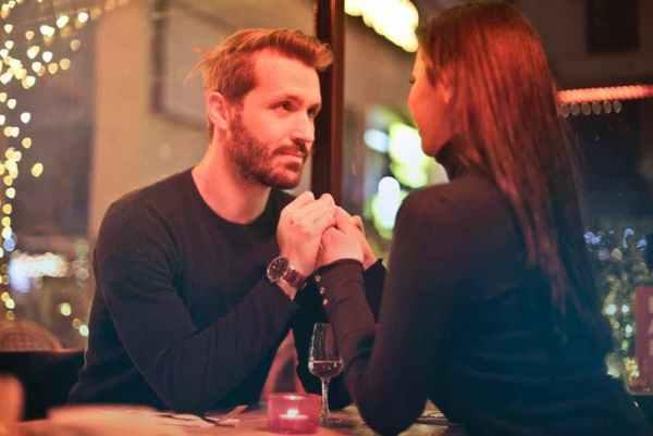 Как да се чувстваш уверен пред жената, която харесваш