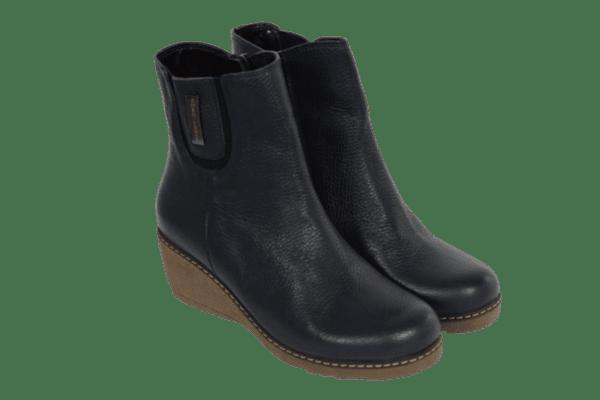 ad2eb41d5db Дамски обувки от естествена кожа, велур и лак