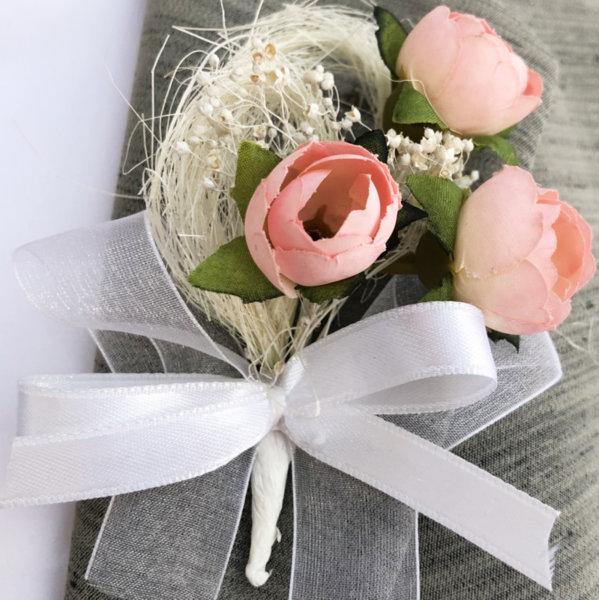 Бутониери с розови божури B60