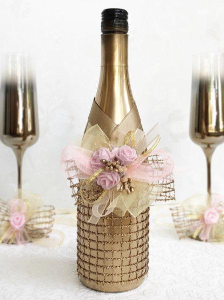Златно сватбено шампанско с розови розички (или друг цвят по избор) 62