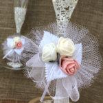 Украса за свещи и чаши в бяло, цвят пудра и цвят розова праскова