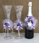 Украса за сватбено шампанско в лилаво U15