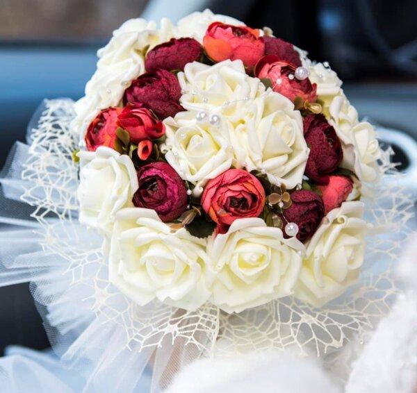 Булчински букет от рози и божури N16
