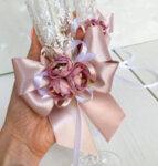 Сватбени аксесоари в цвят пепел от рози и бяло K49