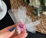 Сватбен късмет с цвете в пепел от рози B7