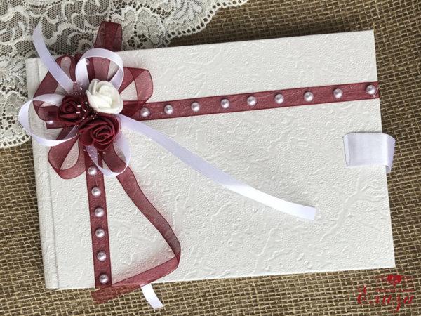 Сватбена книга за пожелания с декорация в бордо B6