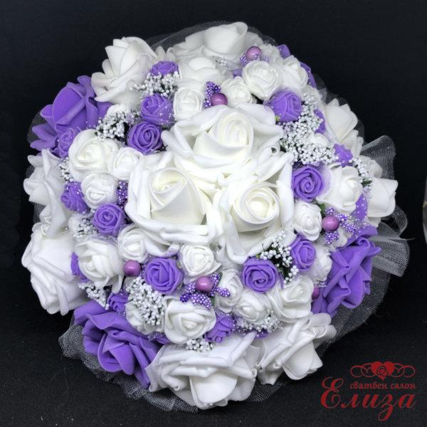 Булчински букет от изкуствени рози в лилаво и бяло N4