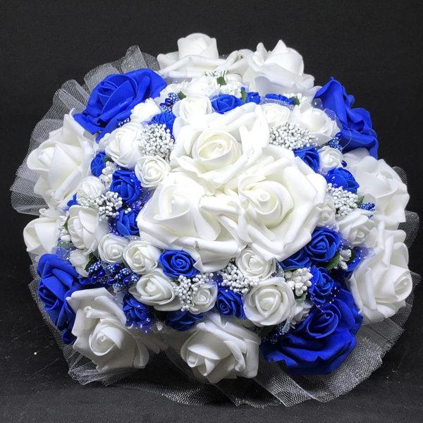 Булчински букет с рози в тъмно синьо N7