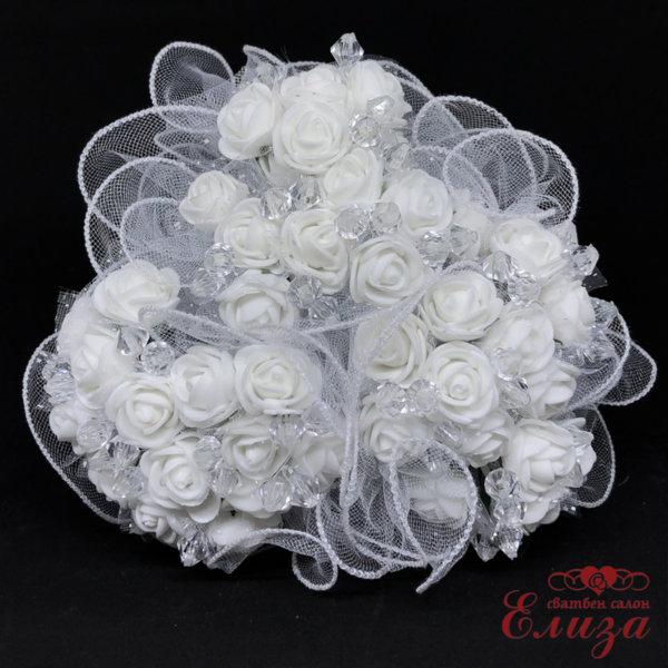 Сватбен букет за хвърляне от рози в бяло R1