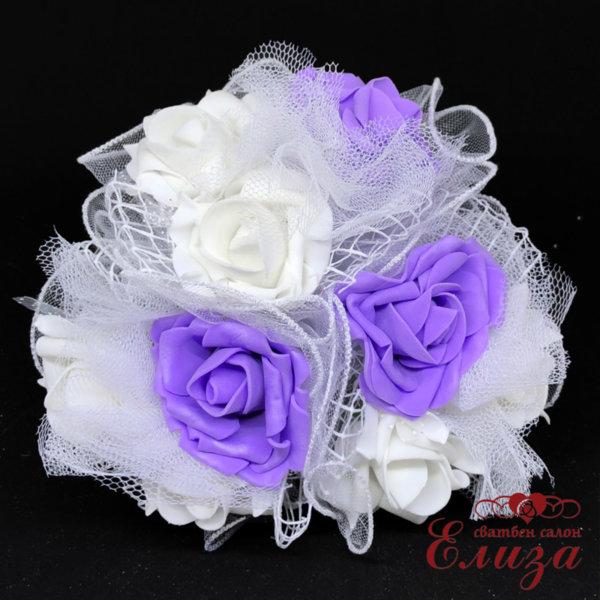 Сватбен букет за хвърляне от големи рози R16 лилаво