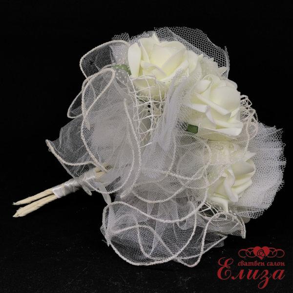 Сватбен букет за хвърляне от големи рози R20 екрю