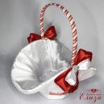Кошничка за сватба в червено и бяло