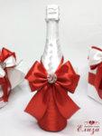 Сватбено шампанско за сватба в червено и бяло