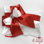 Възглавничка за халки за сватба в червено и бяло