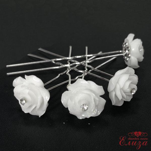 Булчински фуркети във формата на бяло цвете F6