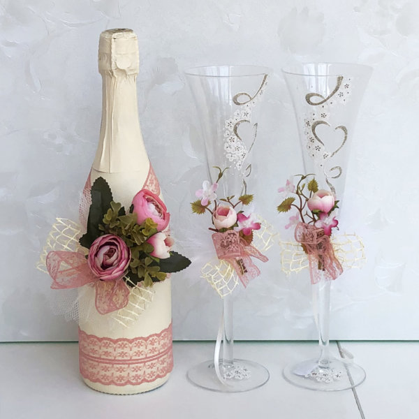 Комплект шампанско и украса за чаши в цвят пепел от рози K23