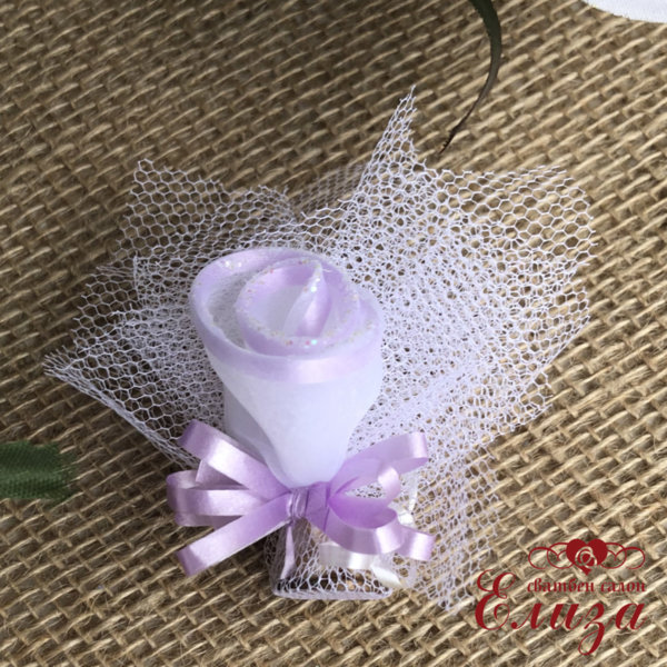 Сватбени късмети с розичка в лилаво T9