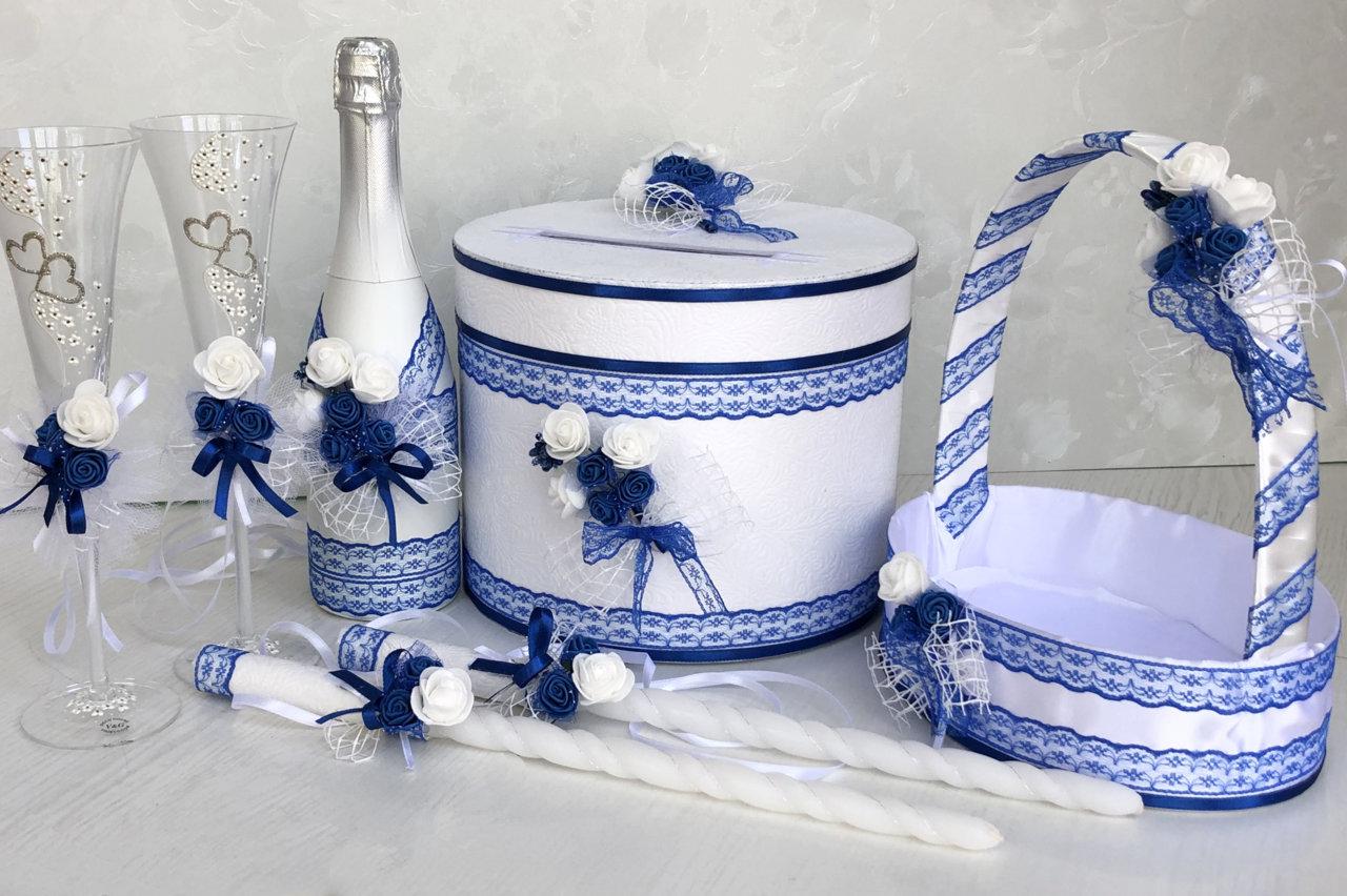 Сватбени аксесоари в кралско синьо