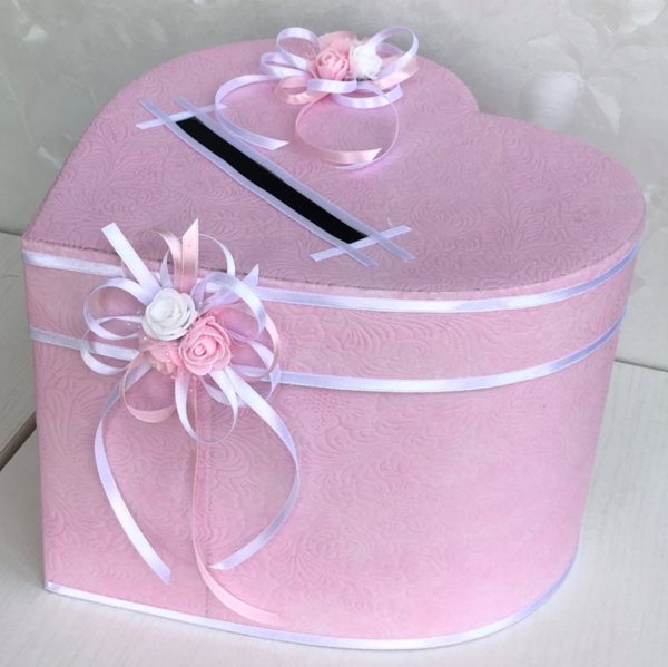 Кутия за пари и пожелания в розово H36
