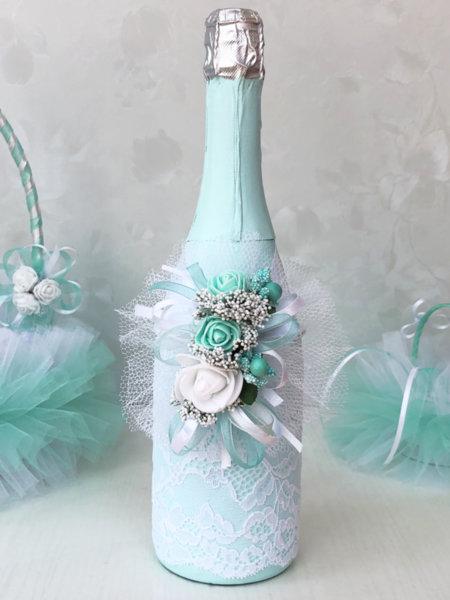 Сватбено шампанско с украса в цвят мента 59