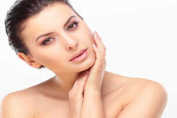 4 признака, че кожата ти е дехидратирана и как да се справиш с проблема