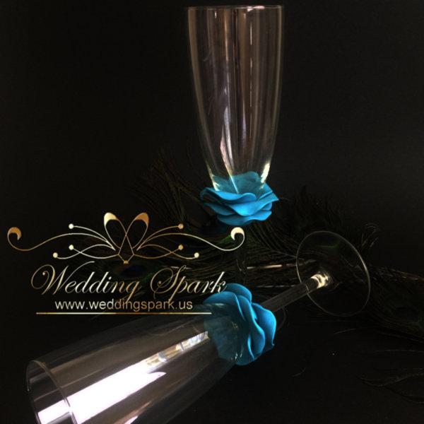 Turquoise rose wedding flutes
