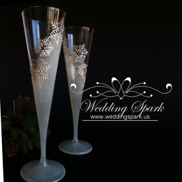White snowflakes Winter Champagne flutes