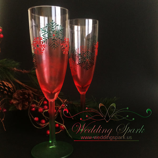 Snowflakes Champagne glasses in red and green