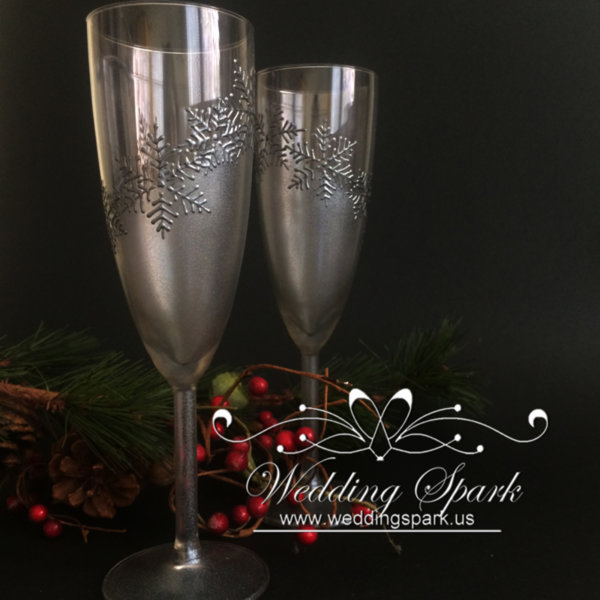 Silver snowflakes Champagne glasses