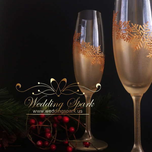 Gold snowflakes Champagne glasses