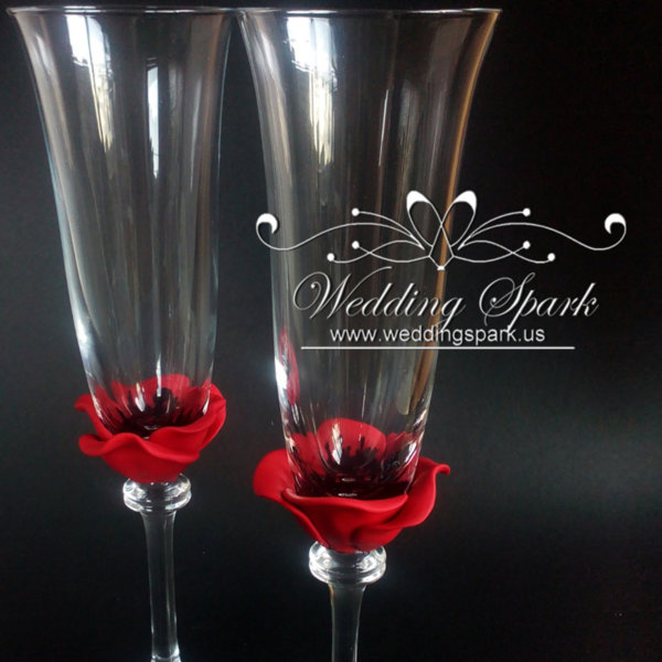 Red poppy wedding champagne flutes