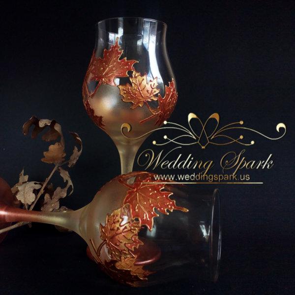 Maple leaves wine glasses gold wedding theme