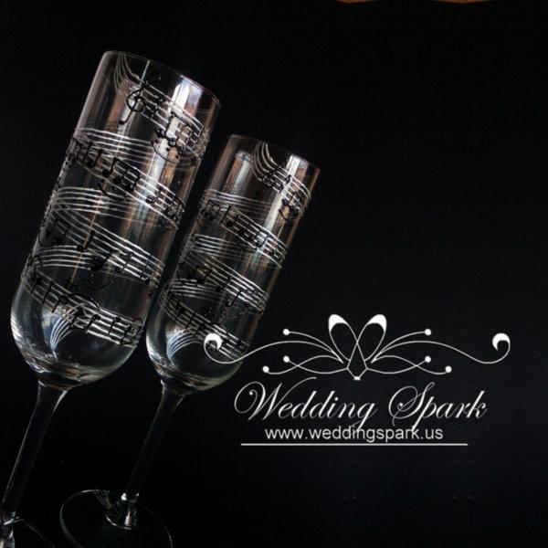 Music notes wedding flutes