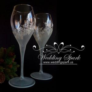 White snowflakes champagne/ wine glasses