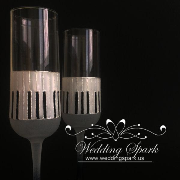 Music piano theme wedding flutes