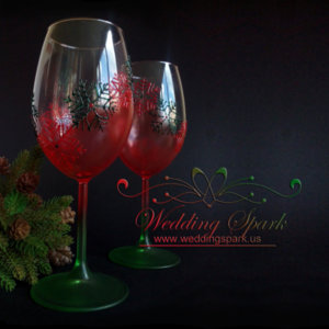 Snowflakes wine glasses in red and green