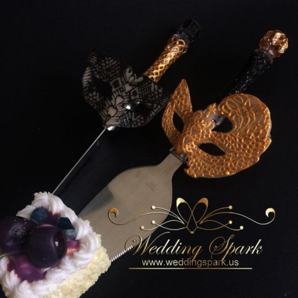 Mardi Gras Gold black cake serving set mask theme