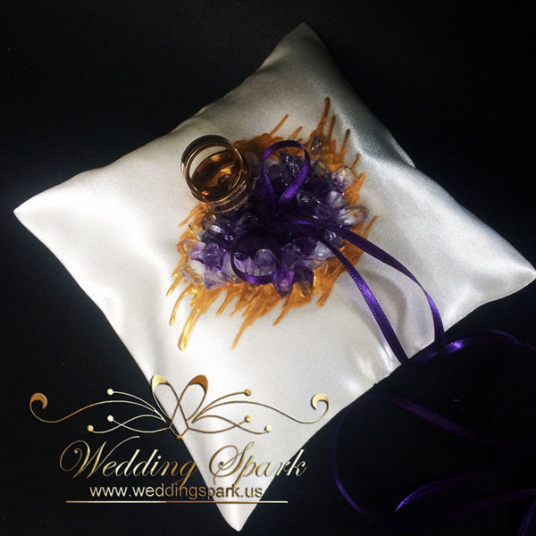 Amethyst geode ring pillow