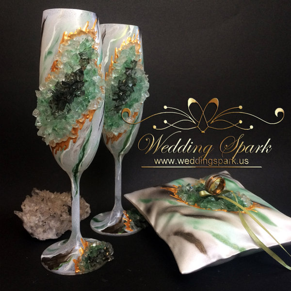 10% off Green geode marble wedding flutes champagne flutes ring pillow-Copy
