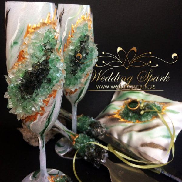 20% Off Green geode marble cake serving set, toasting champagne flutes and ring pillow