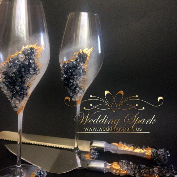 10% off Wedding set black geode elegant Wedding flutes and a cake serving set-Copy