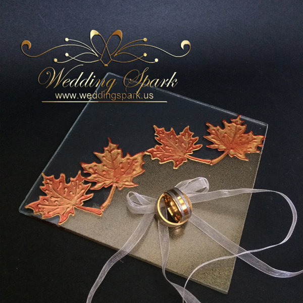 Maple leaves gold wedding ring pillow