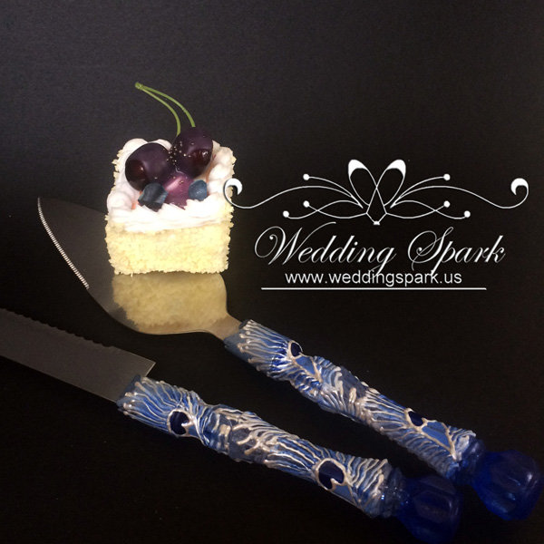 Peacock feathers Cake serving set in white and blue