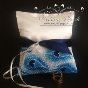 Blue peacock feathers ring pillow