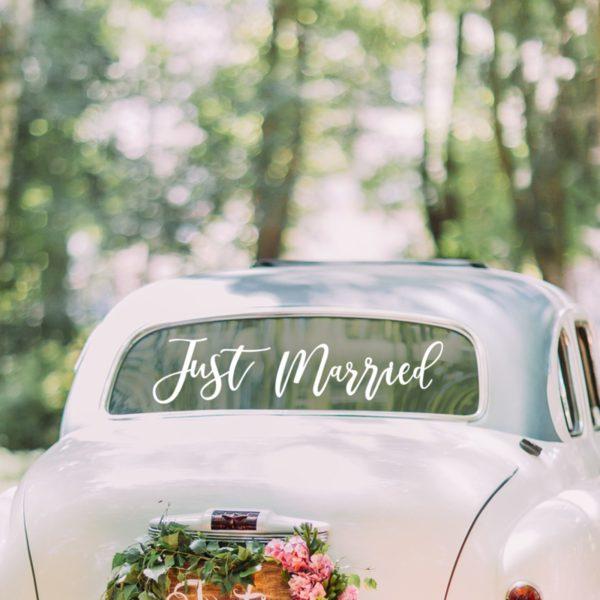Украса за сватбена кола в бяло - лепящ се на стъкло